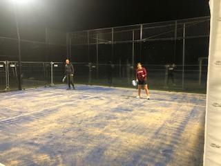 UITBREIDING PADEL/TENNIS